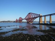 Skottland framåt vägjärnvägsbro arkivbild