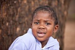 skrämmt afrikanskt barn Royaltyfri Bild
