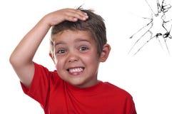 skrämmt barn royaltyfri foto