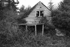 skröpligt hus royaltyfri foto