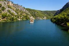 Skradin - kleine Stadt auf adriatischer Küste in Kroatien, am entran Stockfoto