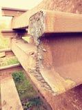 Skradziony poręcz Szczegół autogen pochodni cięcia poręcza prącie na betonowym tajnym agencie Naprawa tramwaj Obrazy Stock