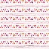 Skraj rosa, purpurfärgad och orange triangel och att klottra geometrisk design Repetitionvektormodell på vit klottertextur vektor illustrationer