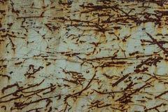 Skrapad och rostig stålvägg för bakgrund Grungy metall plat Royaltyfri Foto