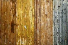 Skrapat trä, textur Arkivbilder