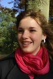 skratta för flicka som är tonårs- fotografering för bildbyråer
