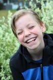 skratta för pojke Fotografering för Bildbyråer