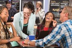 Skratta gruppen av studenter Fotografering för Bildbyråer
