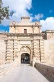 Skrev in den walled staden av Mdina, Malta Europa Arkivfoto
