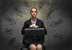 Skriande affärskvinna arkivbild
