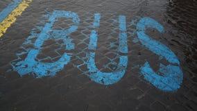 Skriftlig buss i blått Royaltyfria Foton