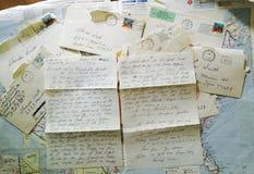 Skriftliga bokstäver för gammal hand Royaltyfria Bilder