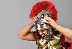 skrikig soldat för legionary royaltyfria bilder