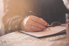 Skriv allt som är viktig royaltyfri fotografi