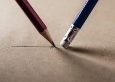 Skriv och radera begreppet arkivfoto