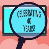 Skriva anmärkningsvisningen som firar 40 år Affärsfoto som ställer ut hedra Ruby Jubilee Commemorating en special dag som förstor vektor illustrationer