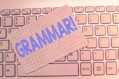 Skriva anmärkningsvisninggrammatik Affärsfoto som in ställer ut det hela systemet och strukturen av språket eller av språk arkivbild