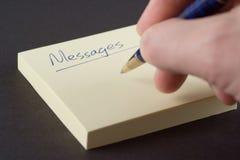 skriva för meddelanden arkivfoton