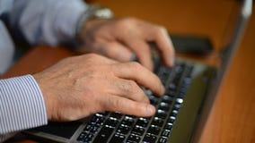 skrivande för datortangentbord arkivfilmer