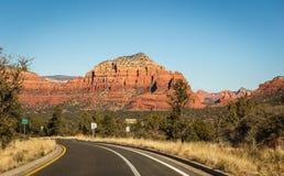 Skrivande in Sedona, Arizona Arkivbilder