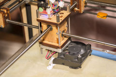 Skrivare för prototyp 3D Arkivfoto