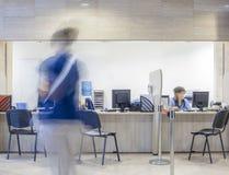 Skrivbord för egenar för registreringssjukhusbank arkivfoton