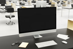 Skrivbord i ett modernt kontor Arkivfoton