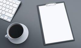 Skrivbord med tomt papper Royaltyfria Bilder