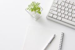 skrivbordkontor fotografering för bildbyråer