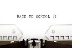 Skrivmaskin baksidt till skolan Royaltyfria Bilder