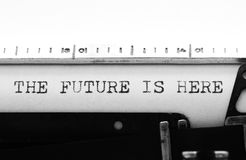 Skrivmaskin Maskinskrivningtext: framtiden är här Arkivfoton