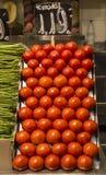 Skärm av tomater i en marknad Royaltyfri Fotografi