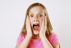 skrämmd flicka Arkivfoto