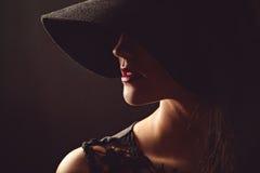 Skromny portret piękna seksowna pełen wdzięku kobieta Obrazy Royalty Free