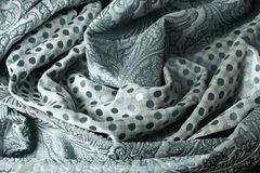 Skrynklig tygbakgrund och textur för två färger Royaltyfri Bild