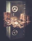 Skrytka z monetami fotografia royalty free