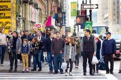 skrzyżowanie nyc pedestrians Fotografia Royalty Free
