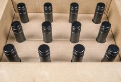 Skrzynka 12 butelki wino 1 Zdjęcie Royalty Free