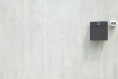 Skrzynka pocztowa na ścianie obraz stock