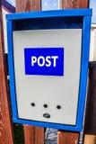 Skrzynka pocztowa na ogrodzeniu Obraz Stock
