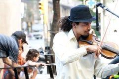 Skrzypaczka w ulicach Buenos Aires Zdjęcie Royalty Free