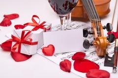 Skrzypce, notatki i czerwone wino, Obraz Royalty Free