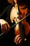 Skrzypcowe instrument muzyczny skrzypaczki ręki Zdjęcie Stock