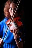 Skrzypcowy bawić się skrzypaczka muzyk Fotografia Stock