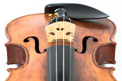 Skrzypcowy muzyczny instrument odizolowywający na bielu zdjęcie stock