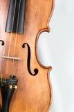 Skrzypcowy muzyczny instrument odizolowywający na bielu zdjęcie royalty free