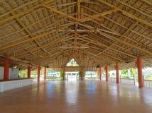 Skuggigt område för strandsemesterort Royaltyfria Bilder
