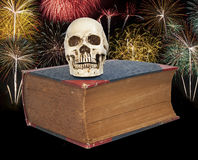Skull and big old  book Royalty Free Stock Images