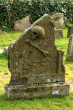 Skull and Cross Bones Tomb Stone Royalty Free Stock Photos