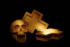 Skull and cross royalty free stock photos
